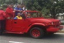 Diosdado Cabello participó en caravana. Crédito: Últimas Noticias