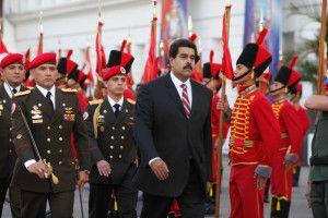 Nicolás Maduro aumenta el tamaño de su Casa Militar